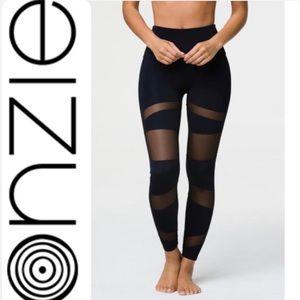 🧘🏻♀️ ONZIE 'FLOW' yoga sports pants leggings
